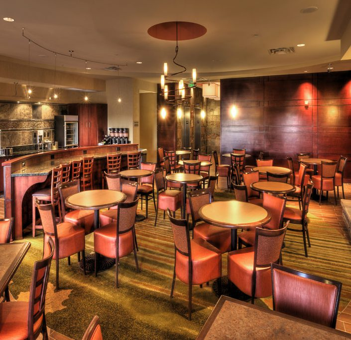 Eating area at Spring Hill Suites